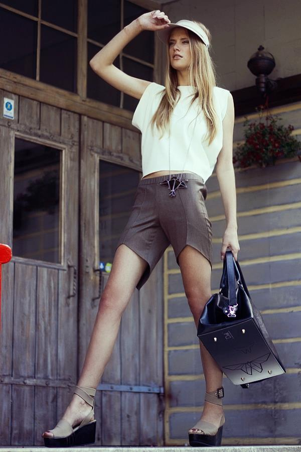 Style & Design - Daili, Foto - Kate Nova, MUA - U. Ezerinskaite, Models- Ugnė, Urtė (Rūta model) 2012 (11)