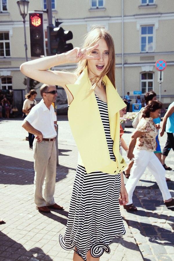 Style & Design - Daili, Foto - Kate Nova, MUA - U. Ezerinskaite, Models- Ugnė, Urtė (Rūta model) 2012 (13)