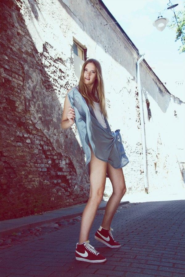 Style & Design - Daili, Foto - Kate Nova, MUA - U. Ezerinskaite, Models- Ugnė, Urtė (Rūta model) 2012 (14)