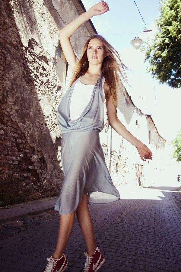 Style & Design - Daili, Foto - Kate Nova, MUA - U. Ezerinskaite, Models- Ugnė, Urtė (Rūta model) 2012 (16)