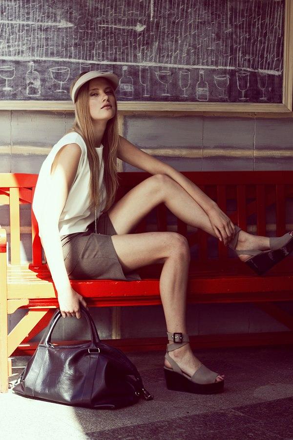Style & Design - Daili, Foto - Kate Nova, MUA - U. Ezerinskaite, Models- Ugnė, Urtė (Rūta model) 2012 (17)