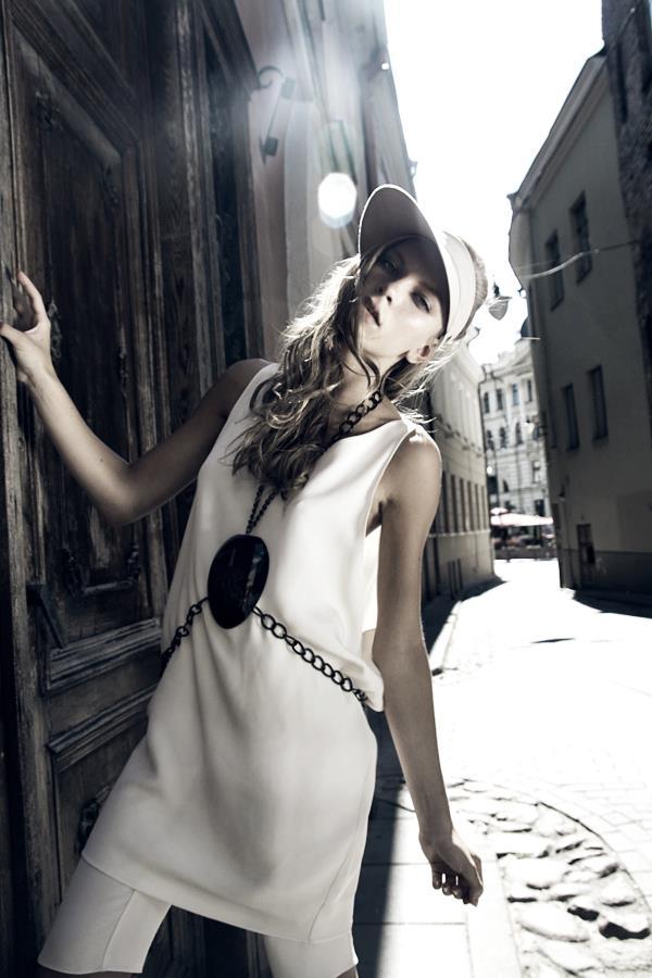 Style & Design - Daili, Foto - Kate Nova, MUA - U. Ezerinskaite, Models- Ugnė, Urtė (Rūta model) 2012 (22)