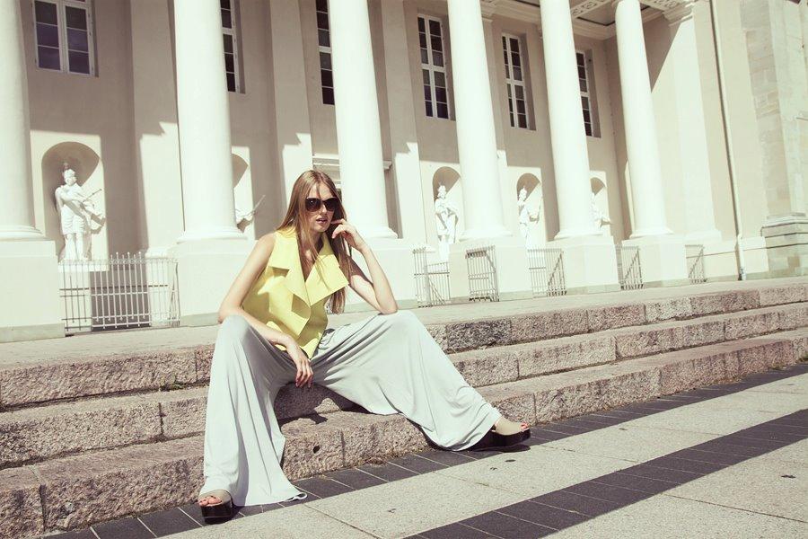 Style & Design - Daili, Foto - Kate Nova, MUA - U. Ezerinskaite, Models- Ugnė, Urtė (Rūta model) 2012 (28)
