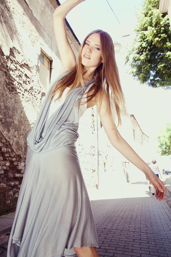 Style & Design - Daili, Foto - Kate Nova, MUA - U. Ezerinskaite, Models- Ugnė, Urtė (Rūta model) 2012 (3)