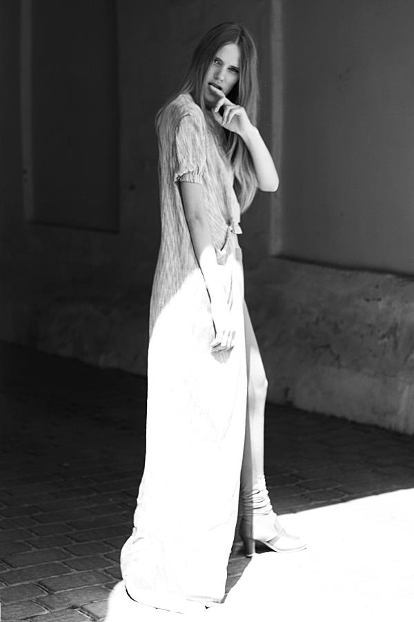 Style & Design - Daili, Foto - Kate Nova, MUA - U. Ezerinskaite, Models- Ugnė, Urtė (Rūta model) 2012 (30)