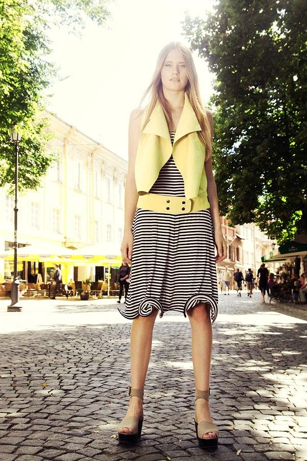 Style & Design - Daili, Foto - Kate Nova, MUA - U. Ezerinskaite, Models- Ugnė, Urtė (Rūta model) 2012 (32)