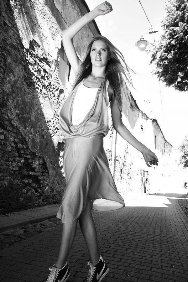 Style & Design - Daili, Foto - Kate Nova, MUA - U. Ezerinskaite, Models- Ugnė, Urtė (Rūta model) 2012 (33)