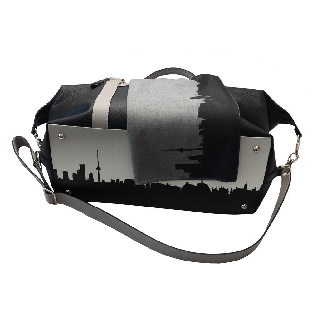 Daili bag cityscape