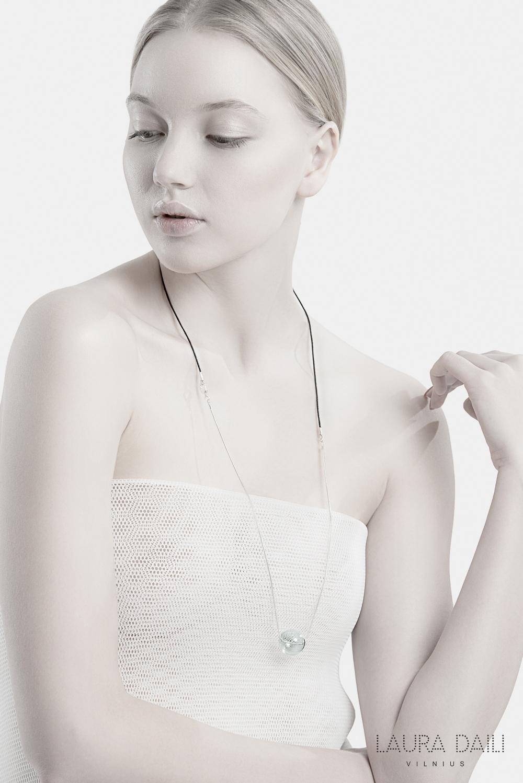 Daili Jewelry foto Tibor Galamb model Karolina Toleikyte  (2)
