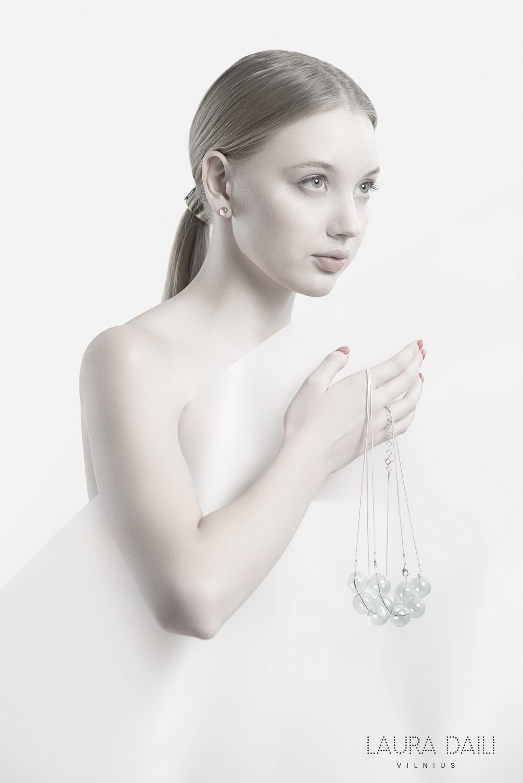 Daili Jewelry foto Tibor Galamb model Karolina Toleikyte  (3)