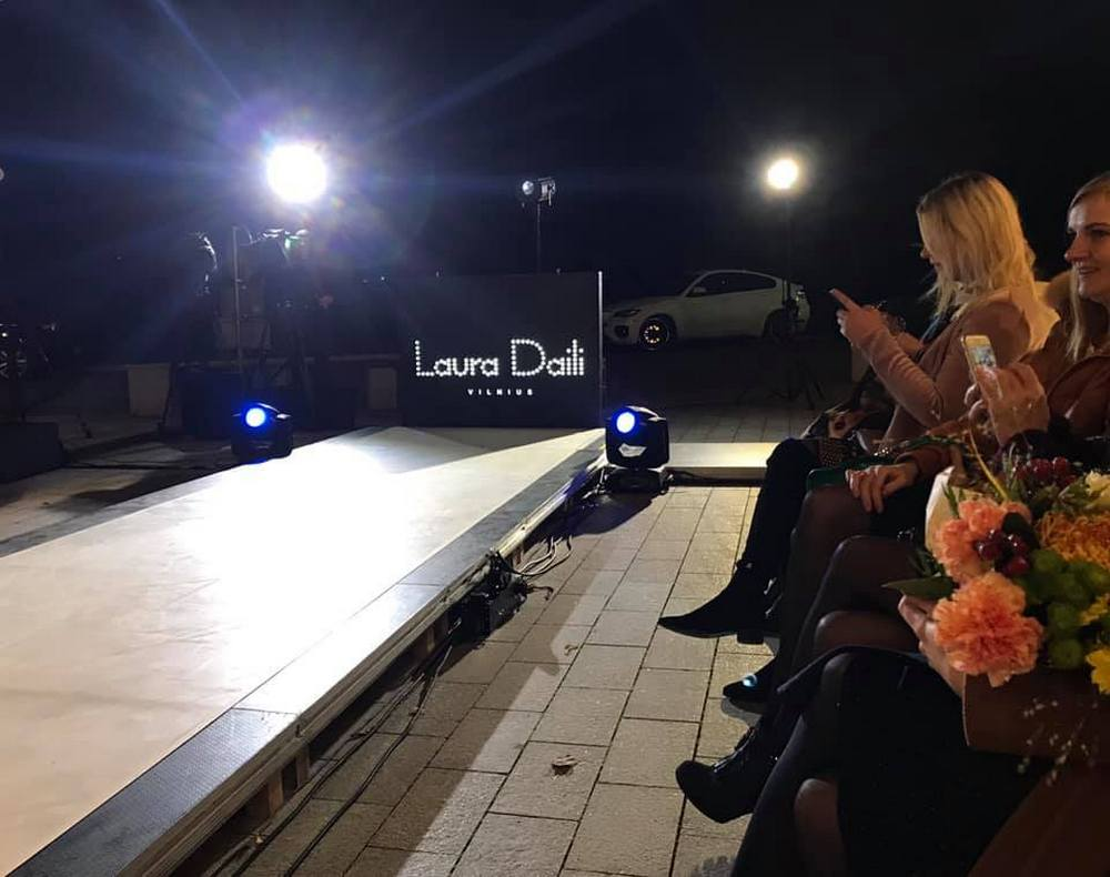 Laura Daili fashion show