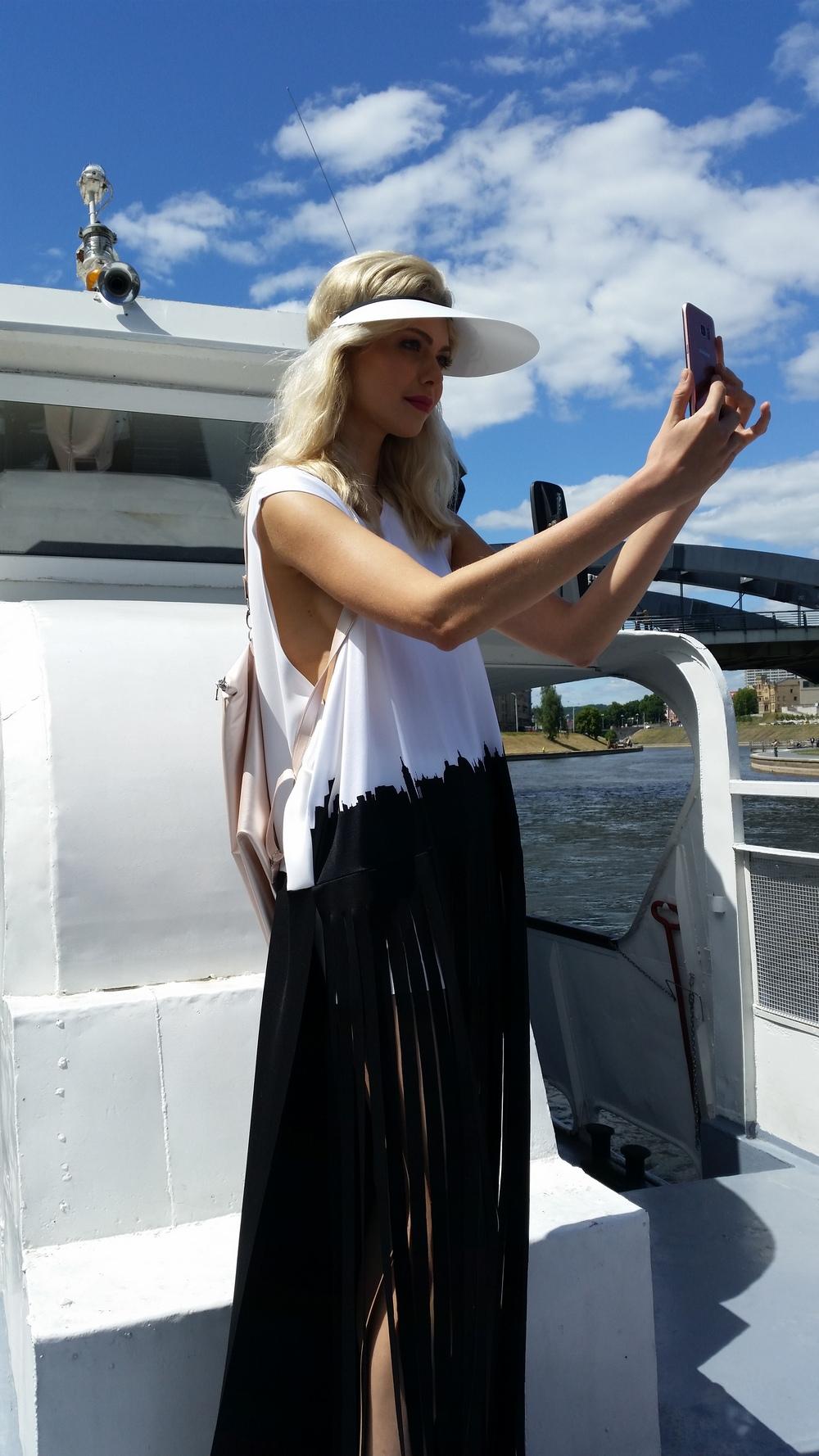 Laura Daili laive (1)