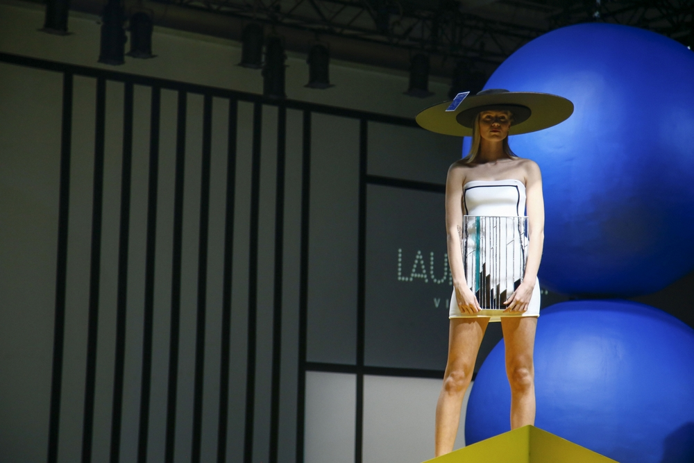 fashion designer Laura Daili collection Vitrum (20)