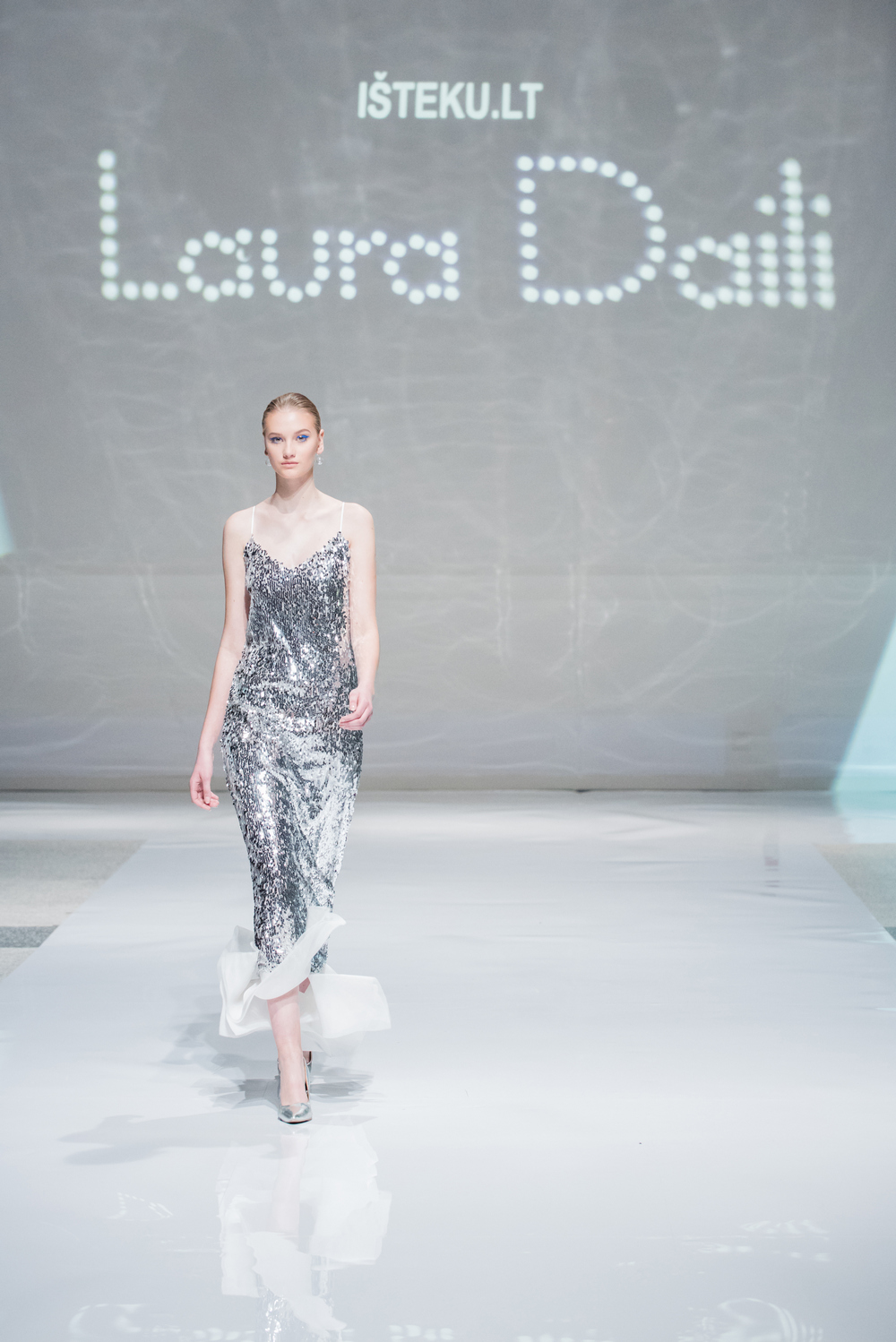 Laura Daili Bridal Collection 2017 Isteku lt (23)