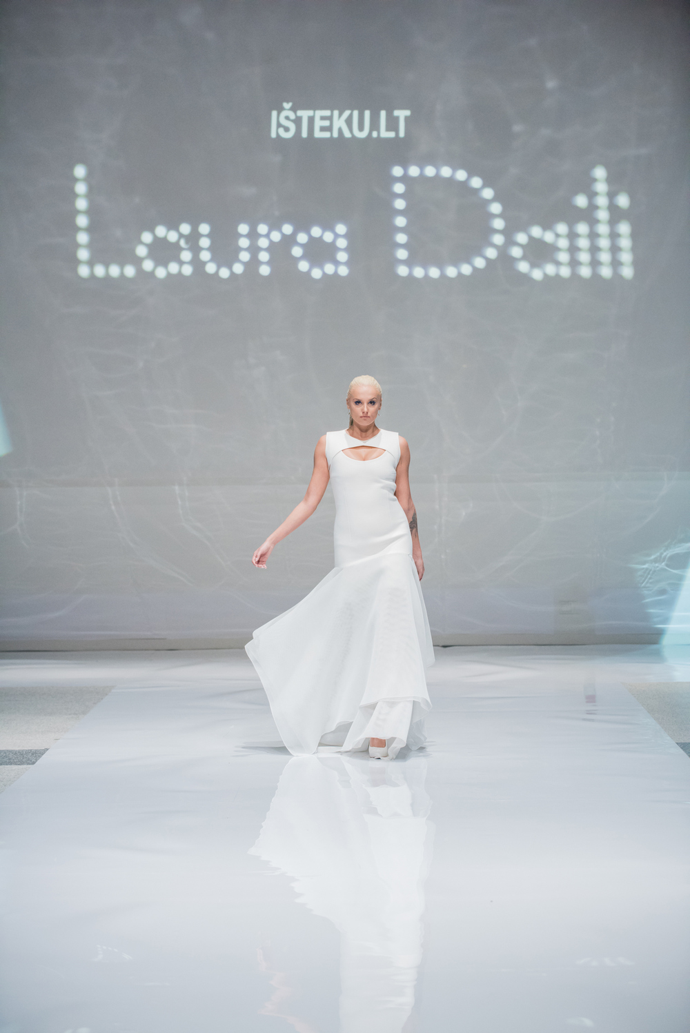 Laura Daili Bridal Collection 2017 Isteku lt (32)