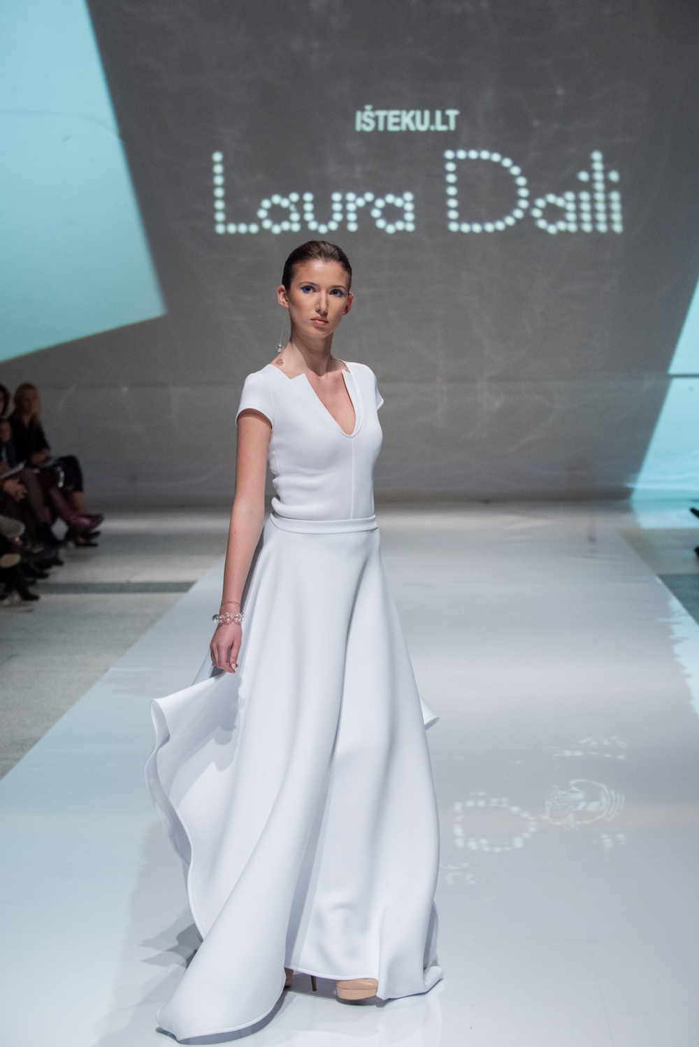 Laura Daili Bridal Collection 2017 Isteku lt (7)