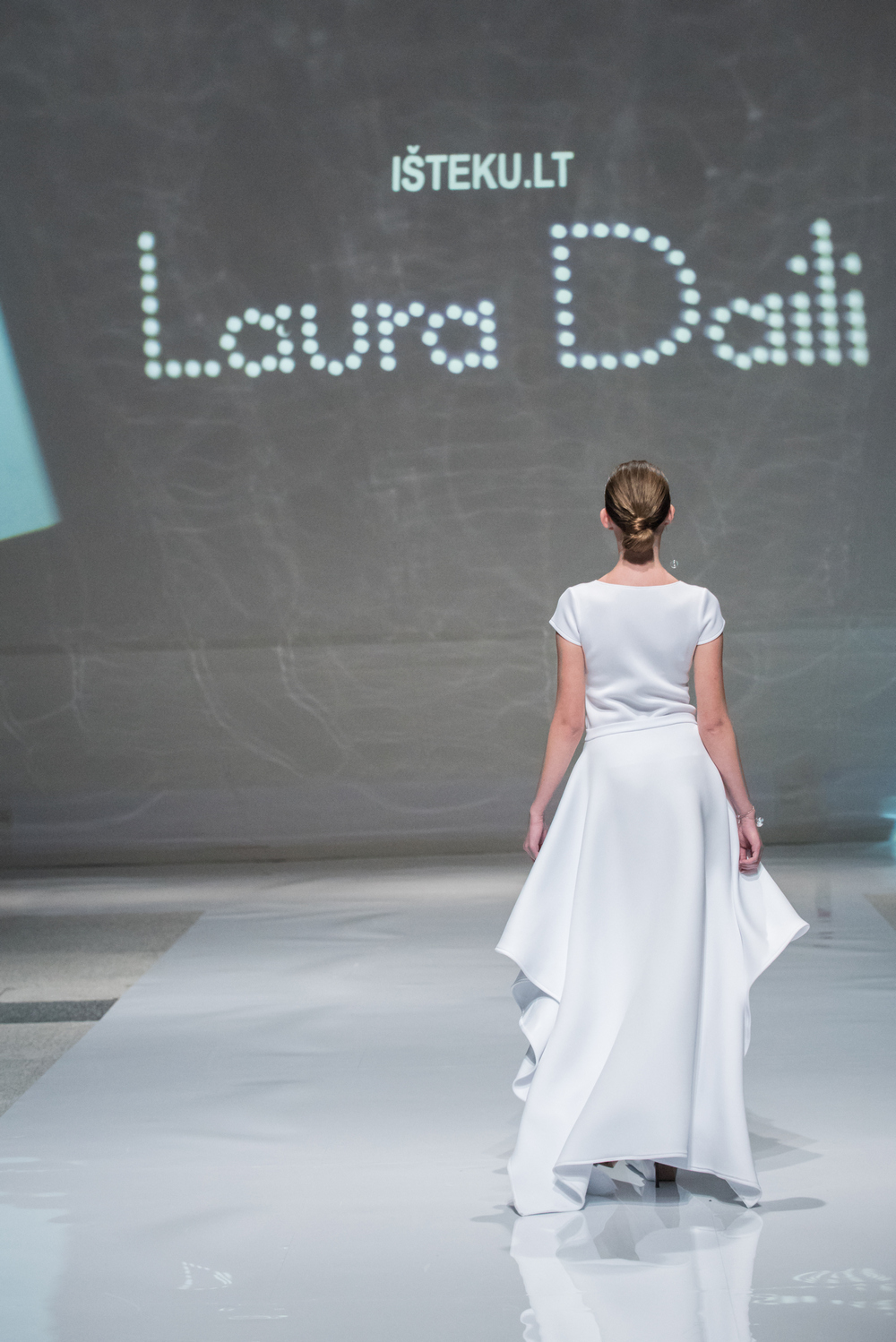 Laura Daili Bridal Collection 2017 Isteku lt (8)