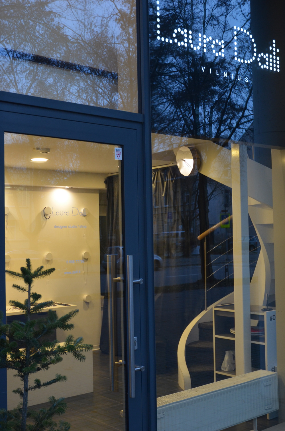 Laura Daili parduotuve studija designer shop studio (30) - Copy