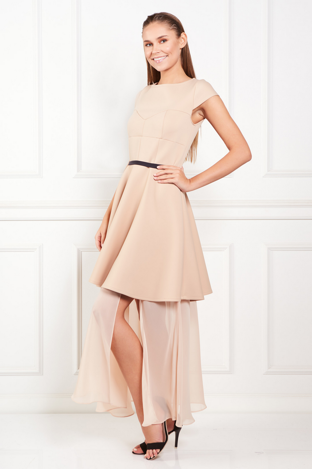 beige-meghan-dress (1)
