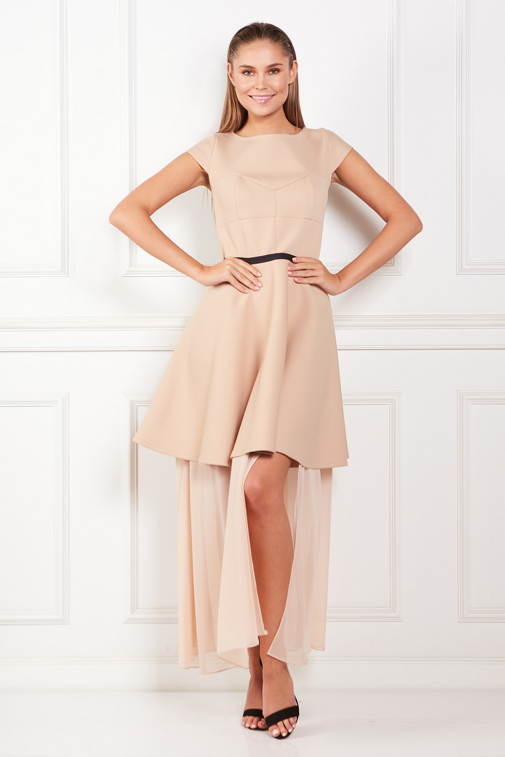 beige-meghan-dress