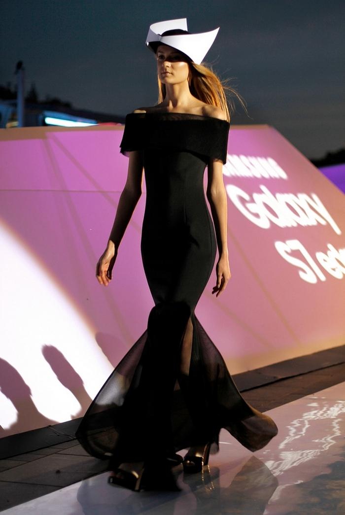 babe, shine sharp dress by lithuania designer laura daili fashion catwalk (13)