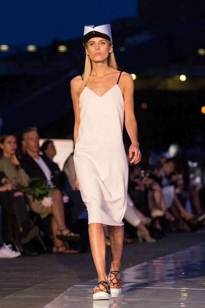 babe, shine sharp dress by lithuania designer laura daili fashion catwalk (6)